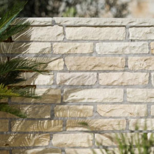 mint-walling-stone