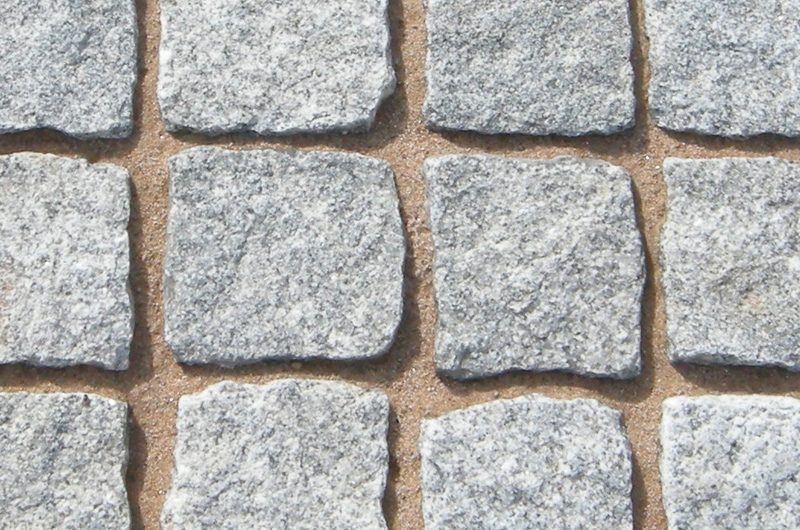 silver-granite-setts